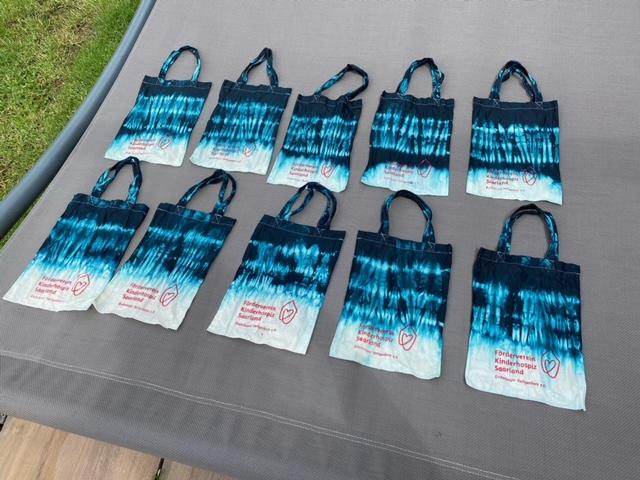 Batik-Taschen selbst gemacht